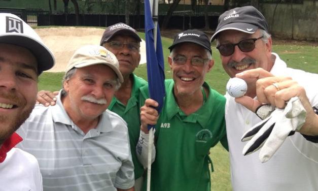 Dos Hoyo-en-Uno el mismo día en el Caracas Country Club