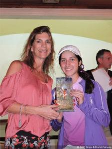 Vanessa Gilly Campeona Juvenil del Torneo FVG-VAGC Enero 2017 junto a María Pereda (Pres. VAGC)