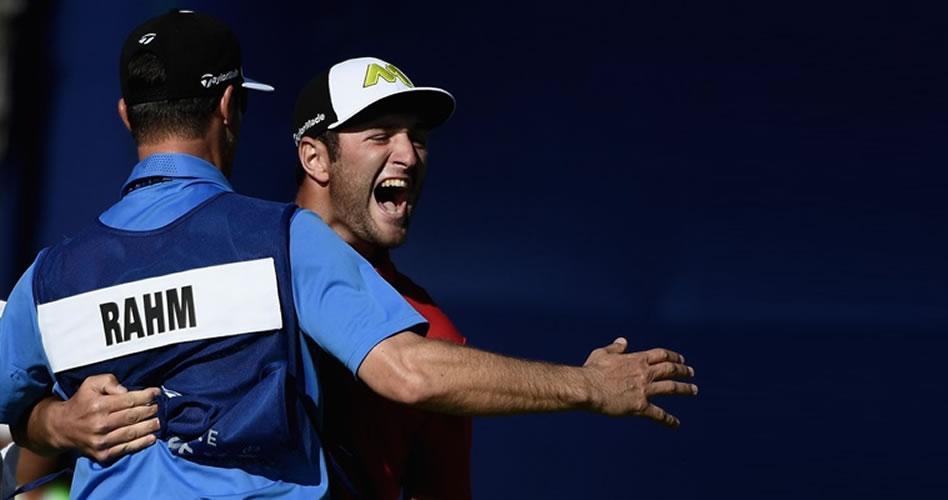 ¡Rahm ya es historia! El español lleva a cabo una remontada antológica y se gradúa en el PGA
