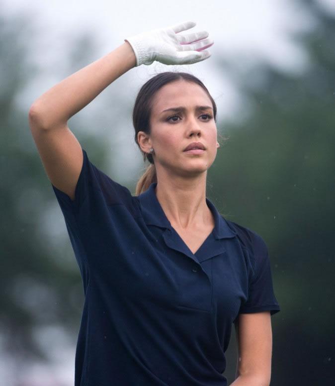 Jessica Alba. Ranking: Las famosas más bellas que son fanáticas del golf
