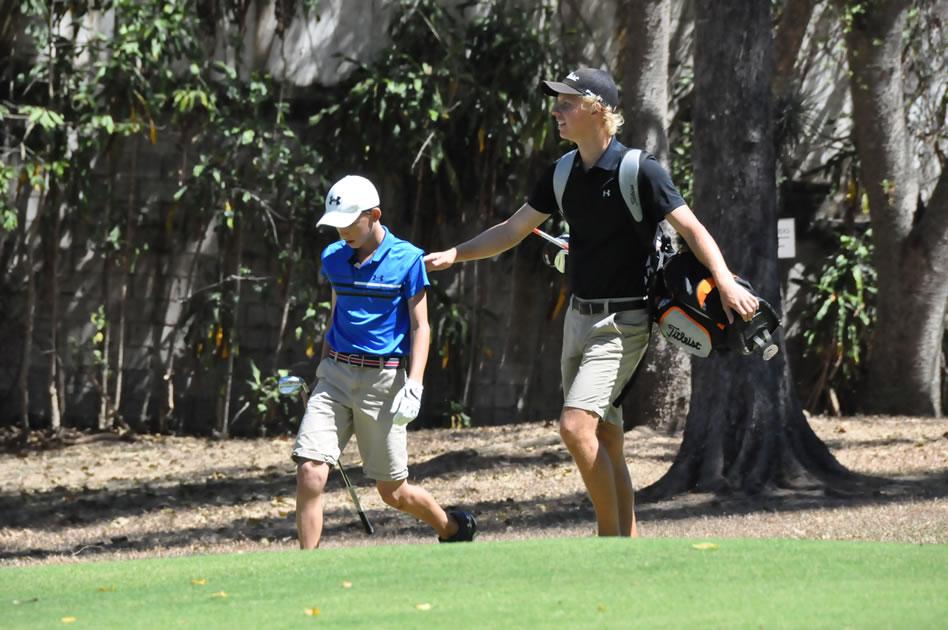 Paul Chaplet le dio consejos a Charles Van Slick durante el torneo (LORENA SOLÍS)