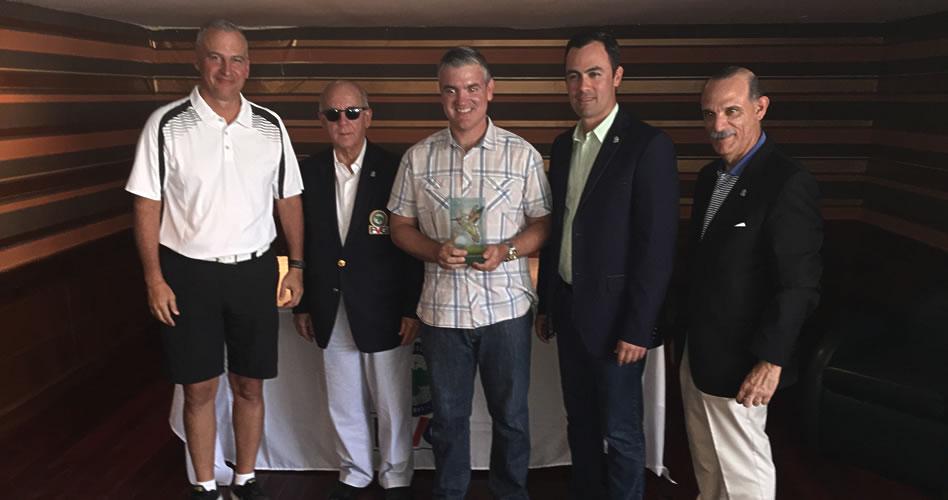 Raúl Acevedo triunfador de Torneo Amateur de Golf de Maracaibo