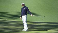 Fred Couples reacciona a su birdie en el hoyo No. 10 (cortesía Augusta National Golf Club)