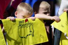 Jóvenes espectadores (cortesía Augusta National Golf Club)