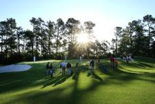Calentamiento de las niñas de 10-11 años (cortesía Augusta National Golf Club)