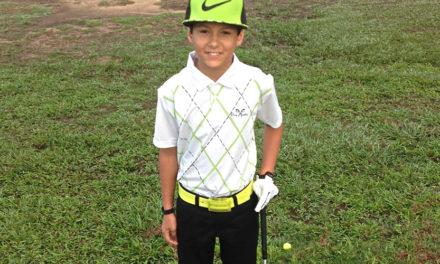 Adrián Lugo se capacita en el golf