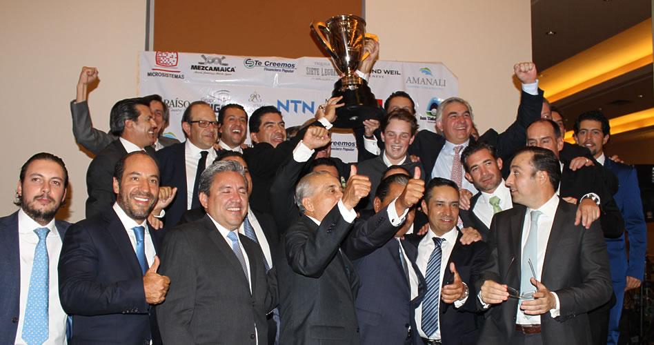Bosque Real Country Club recibe la Copa AGVM