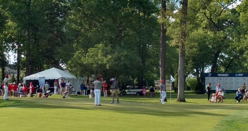 Vanderbilt líder del grupo de los 15 que avanza en NCAA División I Golf Championship