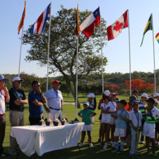 Jorge Villar sigue de líder en El Delfín