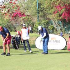 Jugando en Rambagh Golf Club