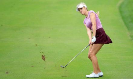 Al golf no se juega con escote ni con minifalda