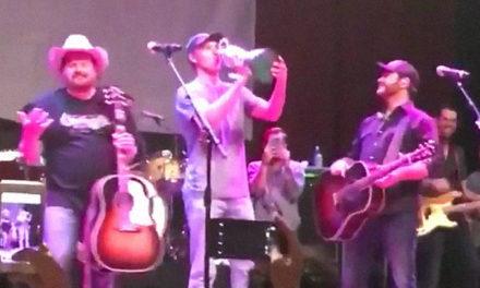 Video de Jordan Spieth y Claret Jug en concierto