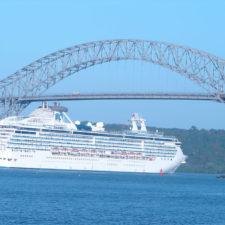 5 Razones para cruzar y disfrutar del Canal de Panamá (cortesía Taringa!)
