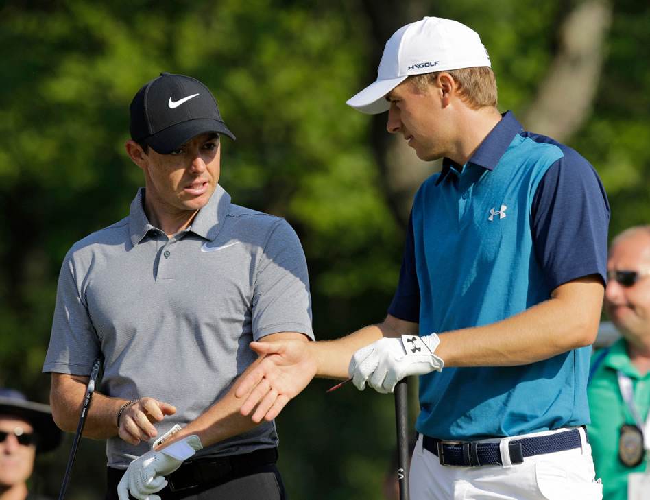Rory McIlroy y Jordan Spieth (cortesía The Berkshire Eagle)
