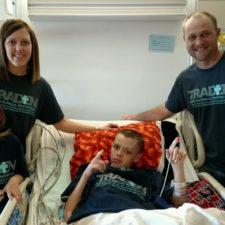 Traden y su familia (cortesía Tulsa World)