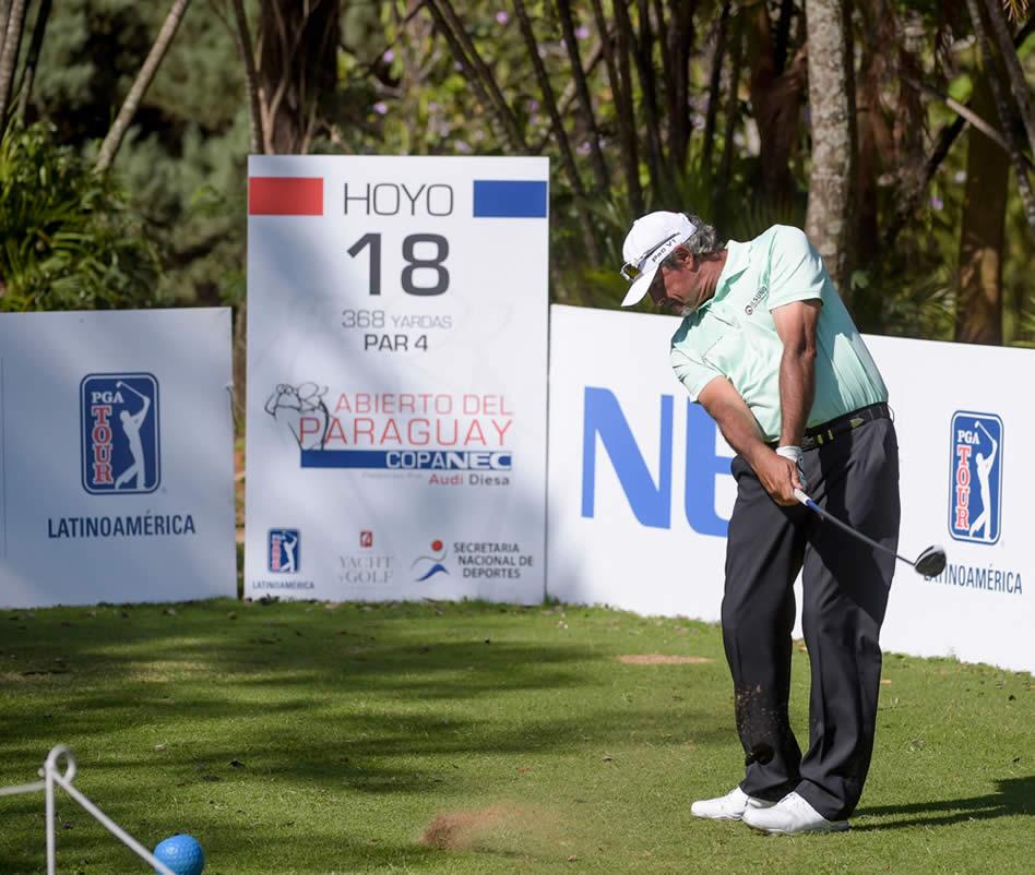 El experimentado Carlos Franco (PAR) no defraudó en el comienzo del Abierto del Paraguay Copa NEC presentado por Audi Diesa / Gentileza: Enrique Berardi/PGA TOUR