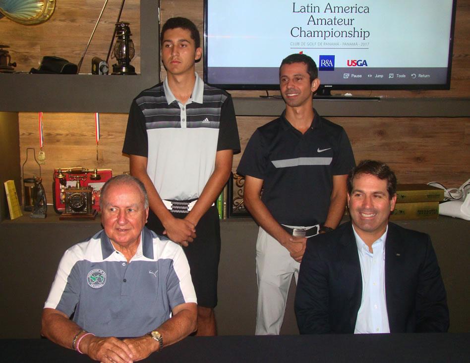 Atrás y de izq. a der. Raúl Carbonell y Miguel Ordoñez, dos de los 6 representantesde Panamá