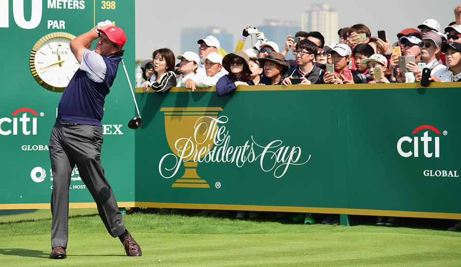 Phil Mickelson (cortesía Callaway Golf)