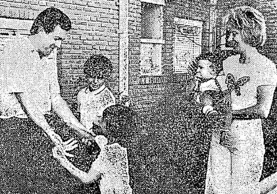 Junto a su señora Esther Alicia Populin y sus hijos Raúl, Marcelo Alejandro y Federico Alberto.
