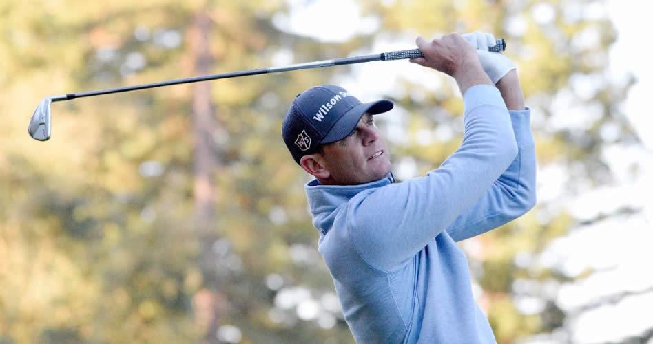 Brendan Steele, defensor del título, empieza como colíder del torneo