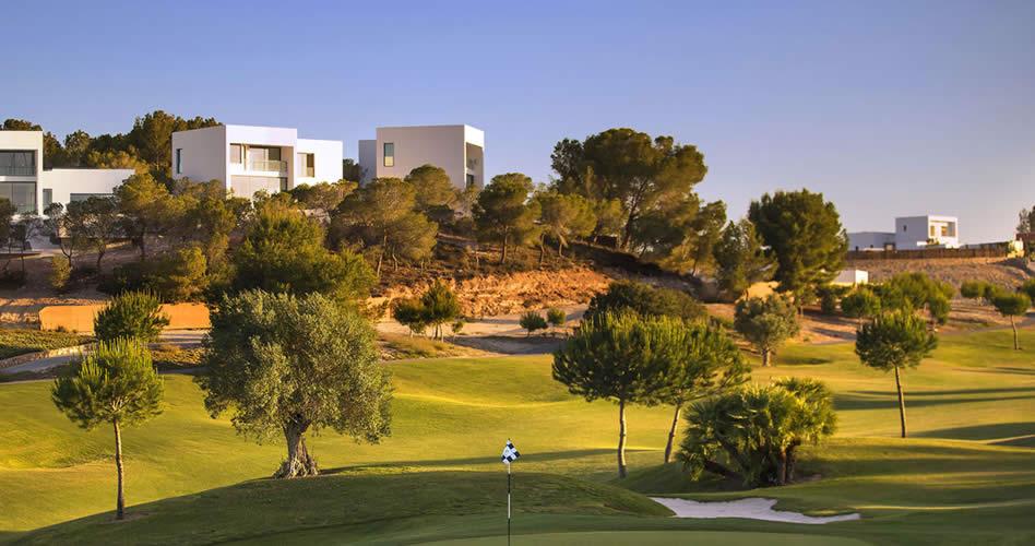 Las Colinas Golf & Country Club coronado con el premio al Resort de Villas líder de Europa en los World Travel Awards