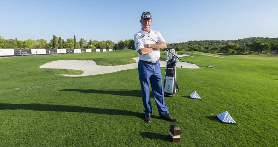 Miguel Ángel Jiménez inaugura las impresionantes instalaciones de Juego Corto en Las Colinas Golf & Country Club diseñadas por el campeón español