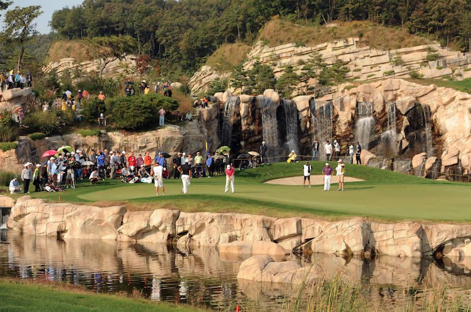 Vegas E7 en Surcorea (cortesía Golf Digest)