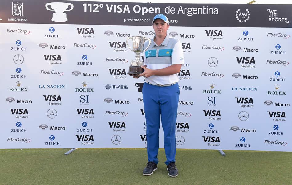 El aficionado Andrés Gallegos (ARG) se quedó con la Copa Emilio Pereyra Iraola 2017 (Enrique Berardi/PGA TOUR)