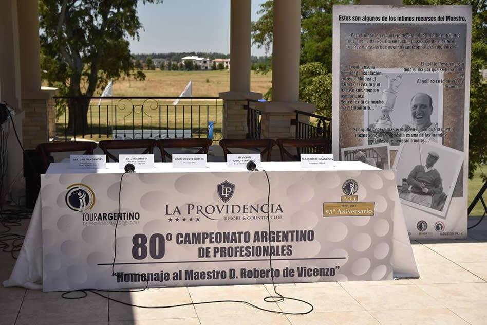 Conferencia de prensa del 80ª Campeonato Argentino de Profesionales en el campo de La Providencia Resort y Country Club