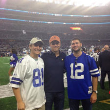 Leyendecker y Spieth en el Superbowl (cortesía Instagram Eric Leyendecker)