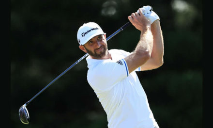 Dustin Johnson saca su mejor golf para alcanzar la cima del Tournament of Champions; Vegas baja al sexto lugar