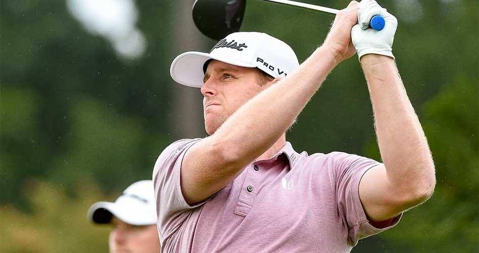 """El """"local"""" Featherstone asume el primer lugar del 59º Abierto Mexicano de Golf; Rocha acecha en el tercer lugar"""
