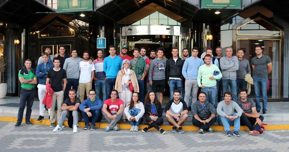 Los profesionales se vuelcan con Ciudad Real, un centenar de alumnos conocen el golf de primera mano