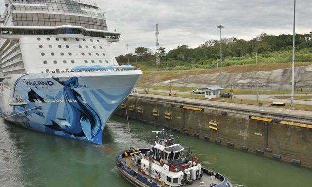 Norwegian Cruise, el crucero más grande en transitar por el Canal de Panamá