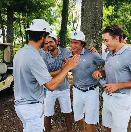 Torres cierra con broche de oro su carrera del golf universitario