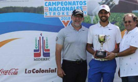 Rhadamés Peña es el nuevo campeón nacional de golf