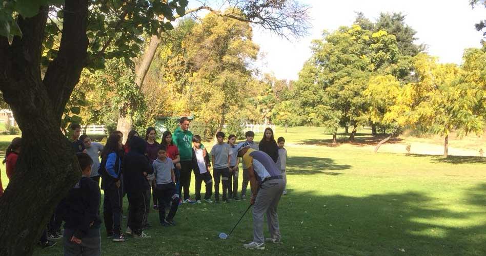 Clases para niños en Angostura: Lo importante para la vida en aprender golf desde temprana edad