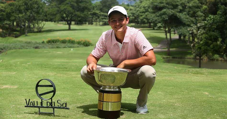 Joven promesa del golf tico obtiene beca para estudiar en Estados Unidos