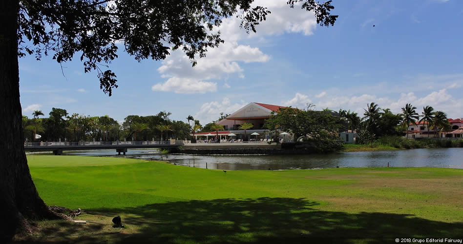 Colón, golf y playa son parte del menú en Puerto Plata