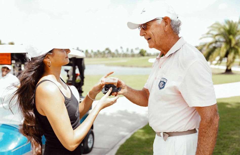 Swing de golf en Florida para Fundación Parálisis Infantil