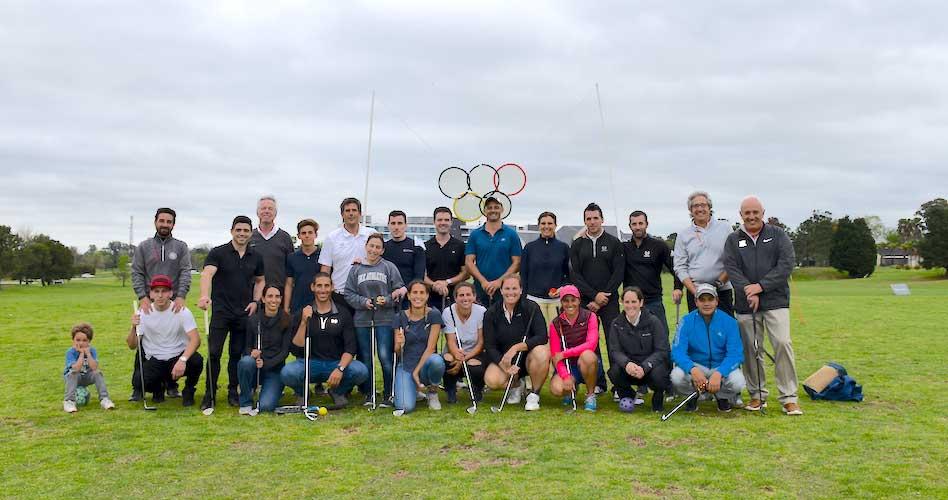 Atletas de distintas disciplinas jugaron al Golf