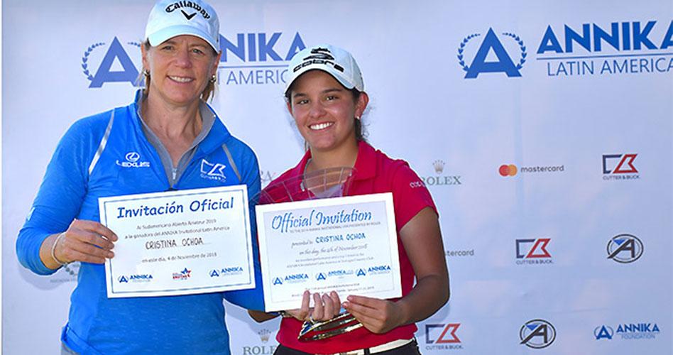 La colombiana Cristina Ochoa, la ganadora al final del Annika Invitational Latin America