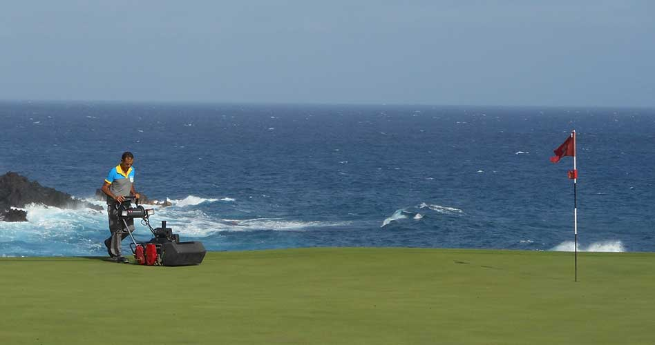 Ilunion Facility Services reúne a los directores de los principales campos de golf de Andalucía en Málaga
