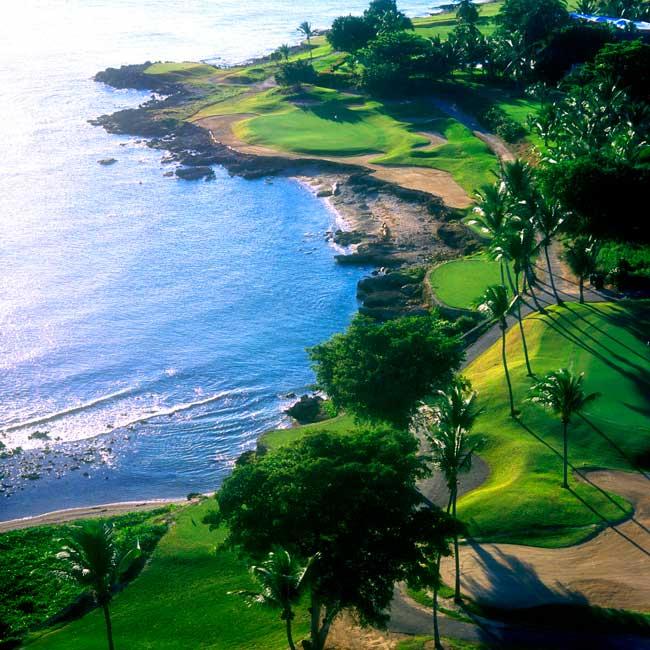 Casa de Campo es sede de las mejores experiencias de golf de lujo en el Caribe, incluido el icónico campo Teeth of the Dog